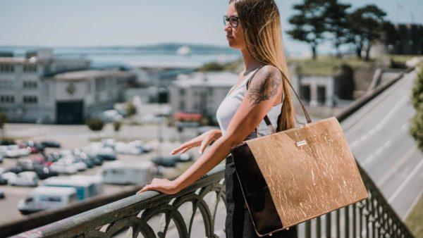 La durabilité régnant sur le marché de l'occasion, les sacs à main ne sont plus premium