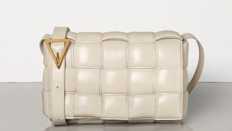 Que se passe-t-il avec les sacs rembourrés en peluche semblables à des oreillers ?