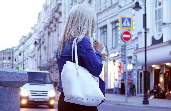 Quelle couleur de sac à main porter en hiver?